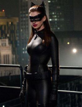 traje catwoman anne hathaway