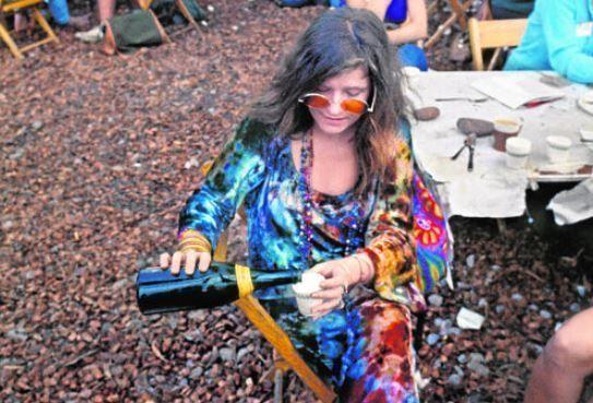 look hippie janis joplin festival woodstock