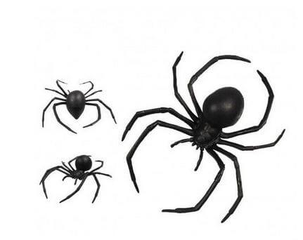 arañas de plastico